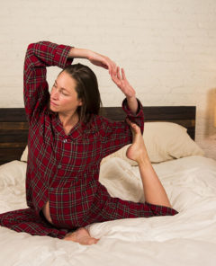 Bed-Yoga-How-To-Man-Repeller-131